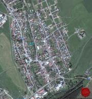 Stavebný pozemok (1551 m2) centrum V. Lomnica