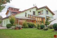 Penzión s veľkým pozemkom (1307 m2), Smižany