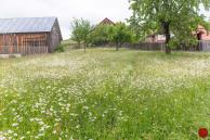 Stavebný pozemok so starším domom Poráč