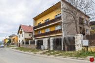 RD (815 m2) v dobrej časti obce Markušovce