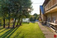 Dom pod Bukovcom s veľkým pozemkom (4974 m2)