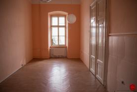 Administratívne priestory (25 m2) centrum Sp.Nová Ves