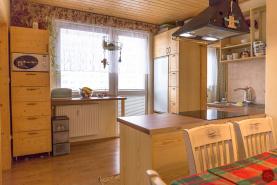 Byt 3+1 (74 m2) s loggiou sídl. Západ I. Sp. Nová Ves