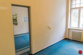 Dve kancelárie (spolu 28 m2) centrum Sp. Nová Ves