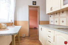 Byt 3+1 (65 m2) s loggiou, sídl. Mier Sp. Nová Ves