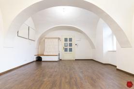 Atraktívne priestory (51 m2), centrum Levoča