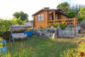 PREDANÉ Záhrada s chatkou (375 m2) Západ I. Sp. Nová Ves