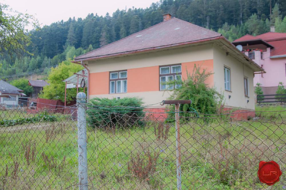 RD s veľkým pozemkom (1292 m2) Nov. Huta