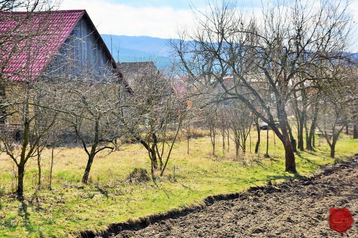 Pozemok (855m²) vhodný na výstavbu RD, Spišské Vlachy