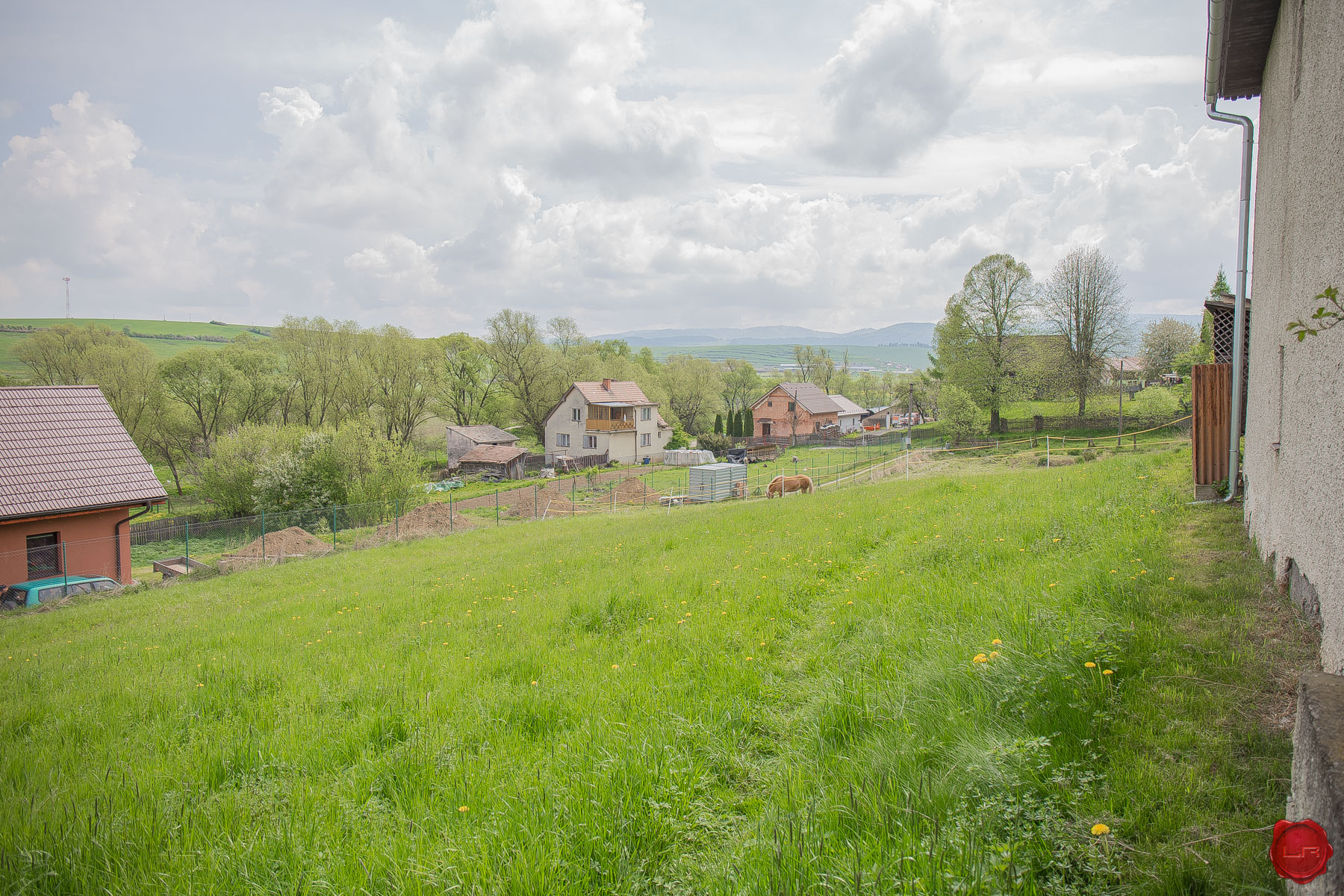 Lukratívny stavebný pozemok (1113 m2) Lieskovany