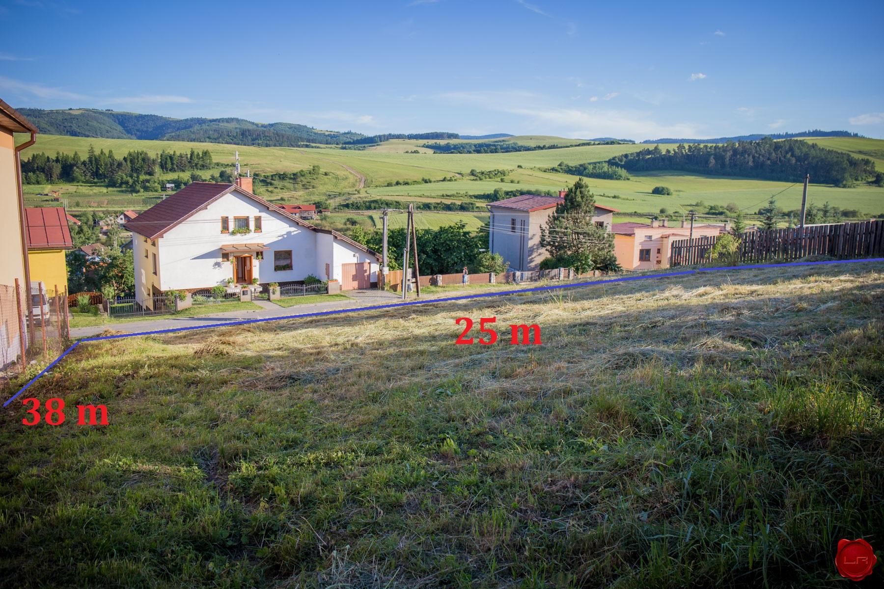 rezervovaný Stavebný pozemok (914 m2), Markušovce