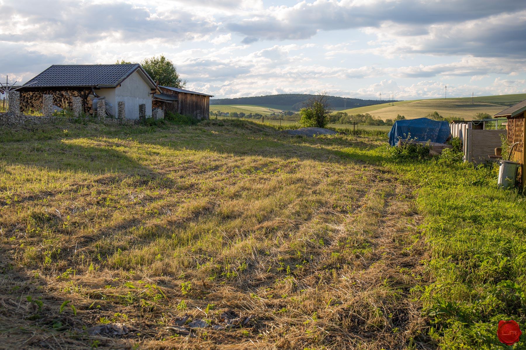 Stavebný pozemok (800 m2) Odorín