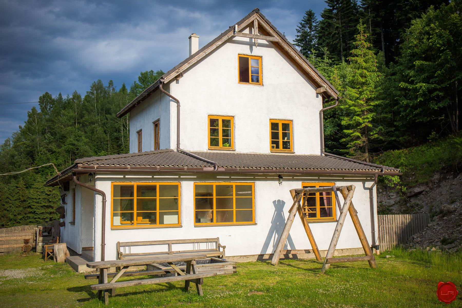 ZNÍŽENÁ CENA!!! Dom pri lese Novoveská Huta