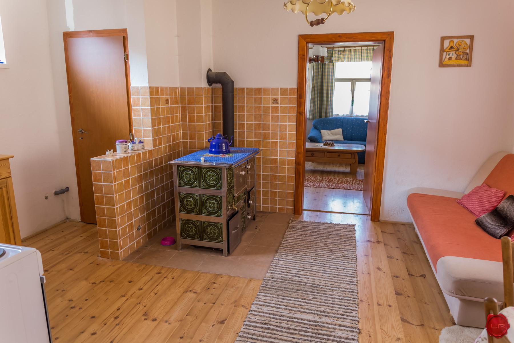 Dom, chalupa s pekným pozemkom (802 m2) Olcnava