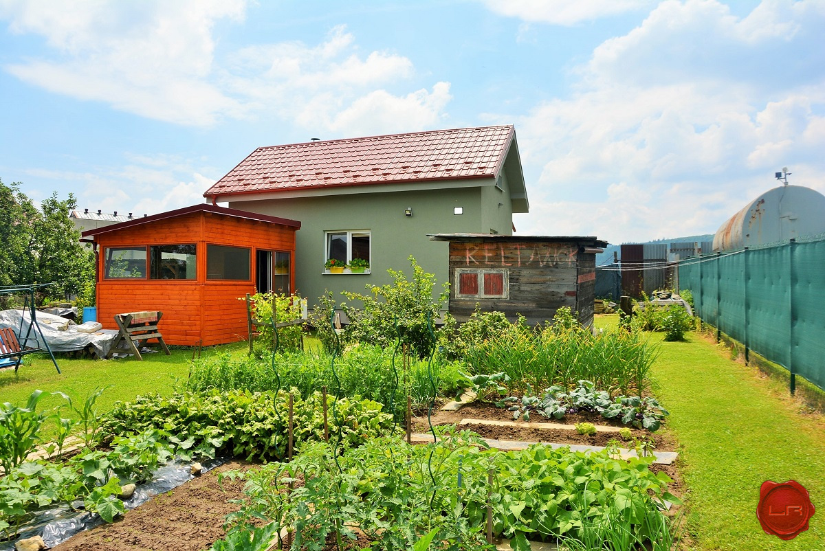Záhrada (373m2) s murovanou chatkou, Tarča, Spišská Nová Ves